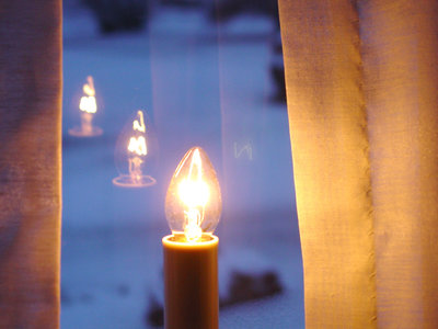 window_candle